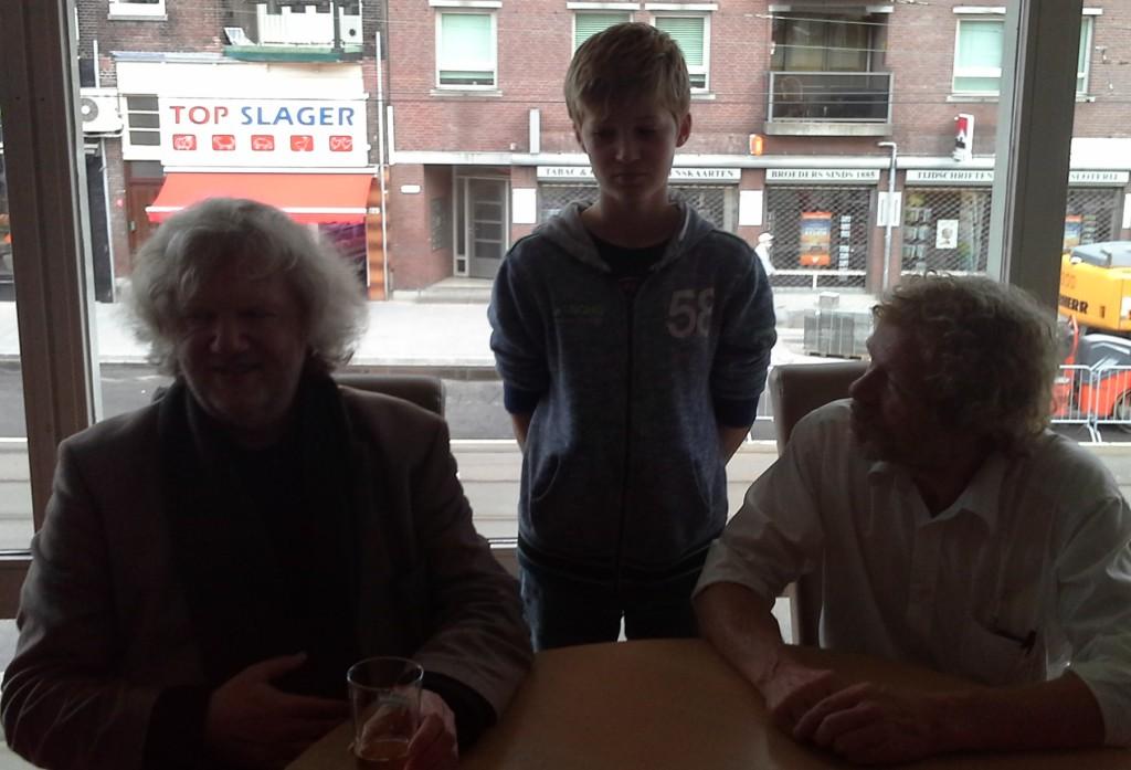 Gijs tussen 2 recordhouders Ton Sijbrands en Adri Helfrich
