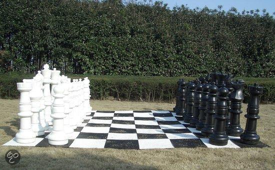 buiten-schaakspel
